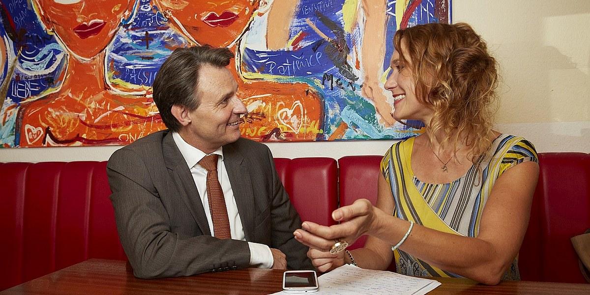 Kathrin Jakubik im Gespräch mit Schauspieler Wolfgang Bahro